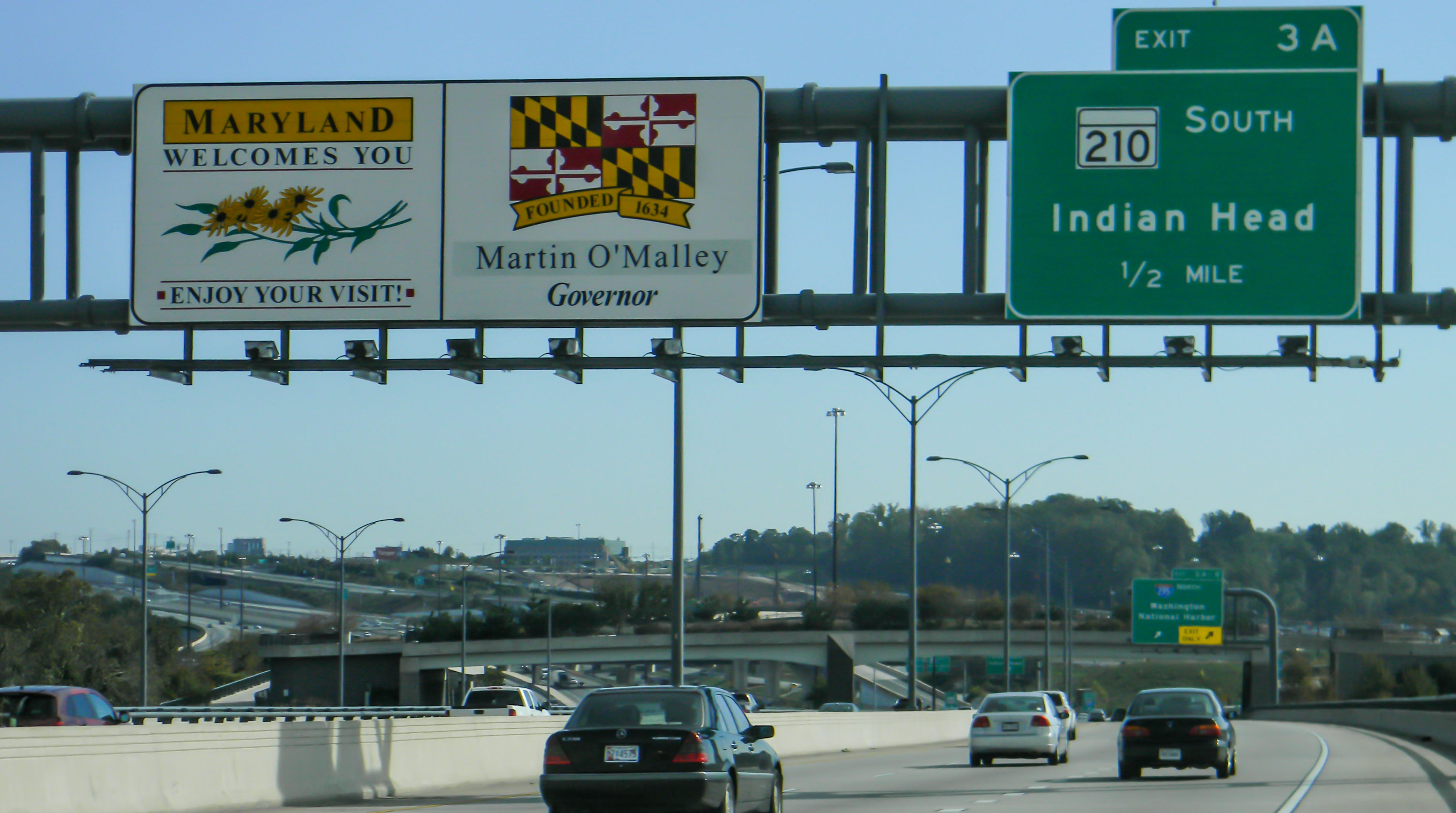 A welcome to Maryland sign