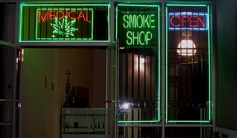 Medical marijuana smoke shop. Photo courtesy Laurie Avocado/ Flickr.