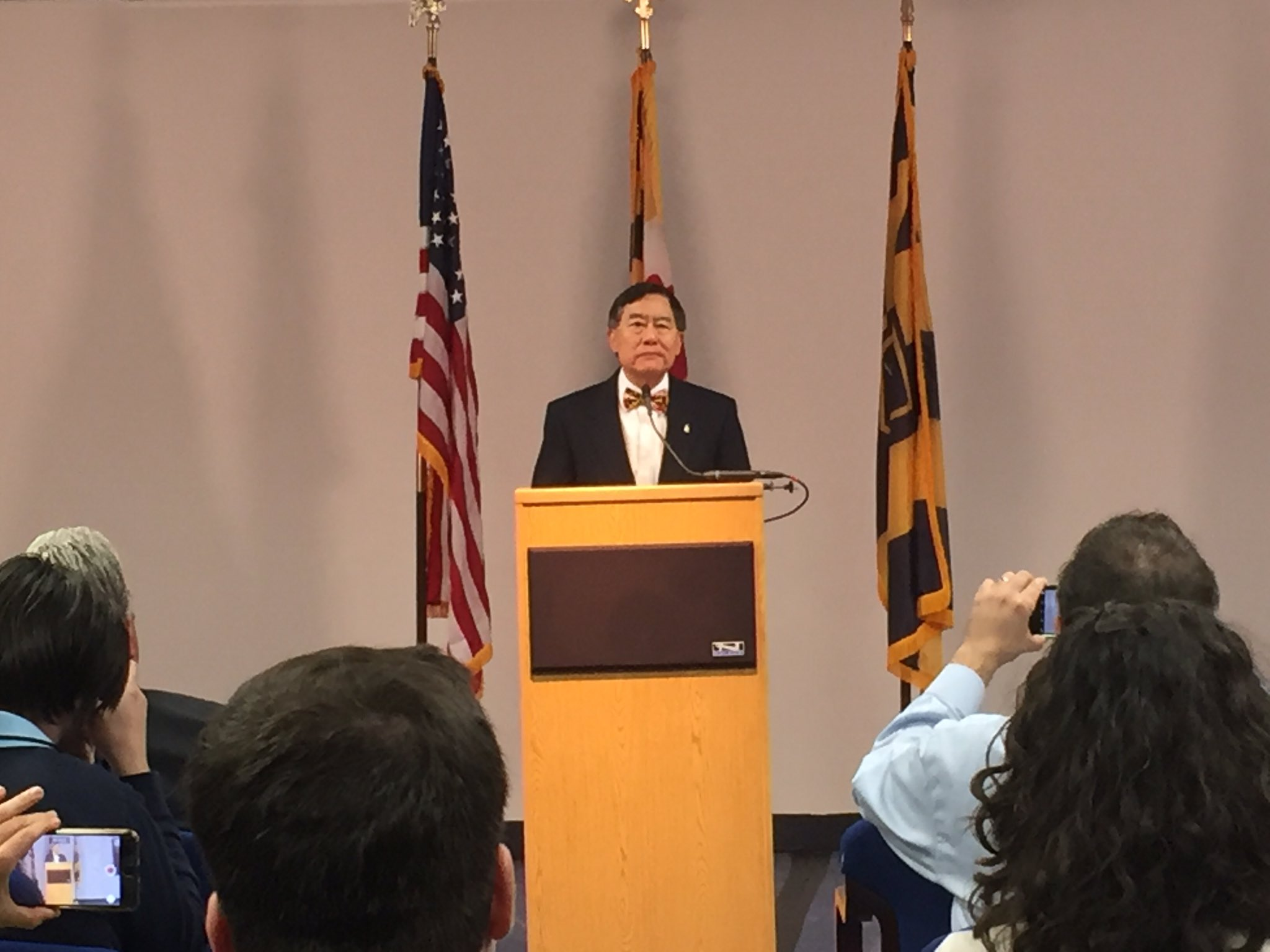 University of Maryland President Wallace Loh announces his retirement to media members. (Danielle Stein/Capital News Service)