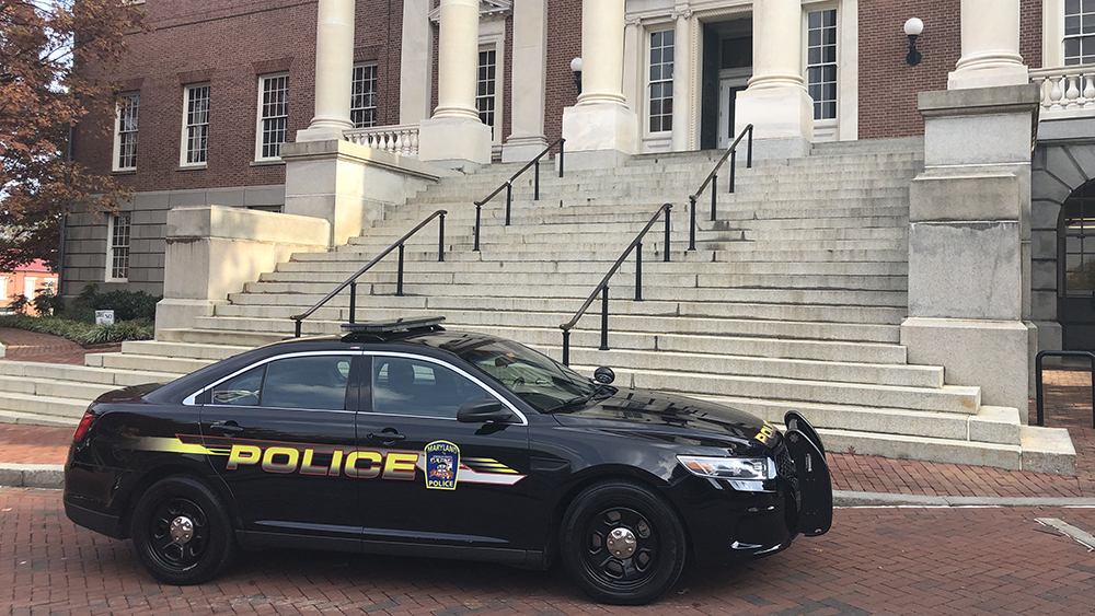A police car parked in front of the State House in Annapolis, Maryland, on Nov. 19, 2019. (Capital News Service photo by Elliott Davis.)
