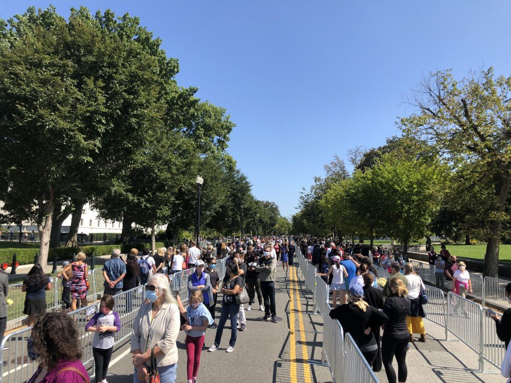 Hundreds lined up to view Justice Ginsburg's flag-draped casket