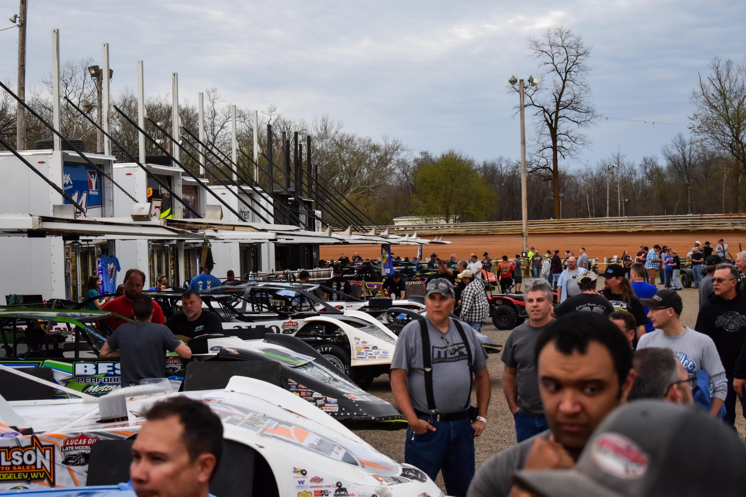 (EDITORS: Photo: Fans observe pre-race activities before the Nininger Memorial at Hagerstown Speedway, April 13, 2019. Darryl Kinsey Jr./Capital News Service)
